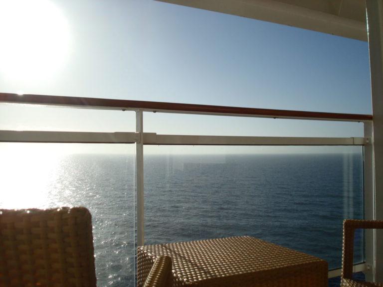 Kreuzfahrt-Aussicht-aufs-Meer